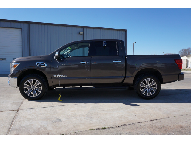 Pre-Owned 2017 Nissan Titan SL