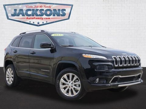 Pre-Owned 2017 Jeep Cherokee Overland